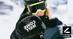Manusi snowboard si manusi ski Snowboard, Skiing, Gloves, Athletic, Jackets, Fashion, Ski, Down Jackets, Moda