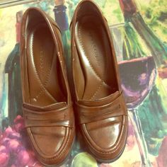 Apostrophe brown high heels (2.75 inches) Like new Aposcrophe Shoes Heels