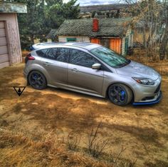Grey Ford Focus ST with blue elements Ford Focus Sedan, Ford Focus Hatchback, Tuner Cars, Top Cars, Car Ford, Future Car, New Hobbies, Amazing Cars, Fast Cars