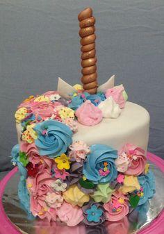 Back of unicorn cake