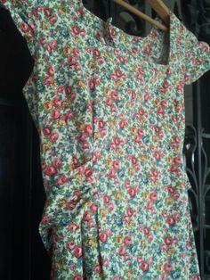 Vintage Floral Apron by vintapod on Etsy, $18.50