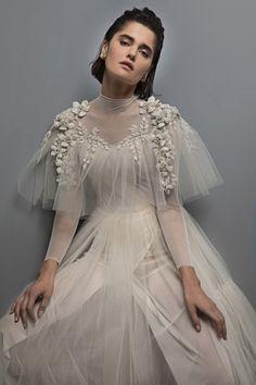 Wedding Gown for Sansa-Chana Marelus 2nd Wedding Dresses, Bridal Dresses, Wedding Dressses, Stunning Dresses, Beautiful Gowns, Hijab Style, 2017 Bridal, Dress Vestidos, Vestidos Vintage