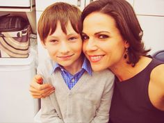 Regina-Henry-Lana-Jared-BTS-the-evil-queen-regina-mills-27134169-500-375.png (500×375)