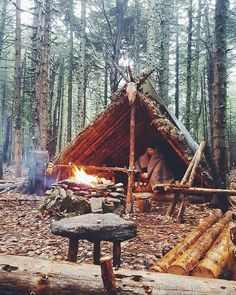 The Effective Pictures We Offer You About Bushcraft Camping campsite A quality picture can tell you Bushcraft Camping, Camping Survival, Outdoor Survival, Survival Prepping, Camping Hacks, Outdoor Camping, Camping List, Emergency Preparedness, Outdoor Gear