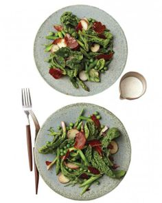 Asparagus, Spinach, and Crisped-Prosciutto Salad Recipe