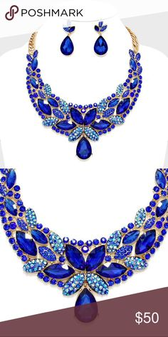 """Evening Collar Necklace Set • Price firm unless bundled w/ another item.  • Necklace Size : 17"""" + 2"""" L • Decor Size : 2 1/2"""" L • Earrings Size : 1 3/4"""" L • Floral Crystal Rhinestone Collar Evening Necklace Jewelry Necklaces"""