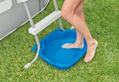 Cut down on your pool cleaning with the Intex Pool Foot Bath. Intex Pool Foot Bath for Pools. Easily connects to all Intex ladders. Anti-slip bottom designed for safety. or Other as the topic to avoid inadvertently opening a case. Piscina Intex, Piscina Diy, Above Ground Pool Landscaping, Backyard Pool Landscaping, Landscaping Ideas, Pergola Ideas, Luxury Landscaping, Backyard Playground, Cheap Pergola
