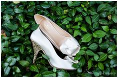 Gorgeous Kate Spade shoes, perfect for any ceremony with their class and touch of sparkle! l Photography by Jenny DeMarco www.jennydemarco.com | Laguna Gloria | Austin, Tx | Contemporary Austin