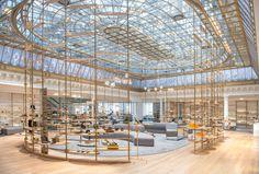 Bon Marche, Paris The world's oldest department store is a Left Bank institution… Architectural Digest, Clothing Stores In Paris, Fashion Stores, Art Deco Paris, Bon Marché Rive Gauche, Luxury Store, Paris Shopping, Shopping Malls, Paris City