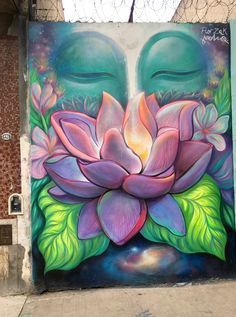 Buda y el loto. buenos aires, argentina Buddha and the lotus. Buddha Painting, Buddha Art, Mural Painting, Mural Art, Zen Painting, Chakra Painting, Chakra Art, Diy Canvas Art, Acrylic Painting Canvas