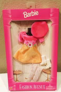 I was OBSESSED with the Barbie Fashion Avenue outfits. This one was my absolute favorite!