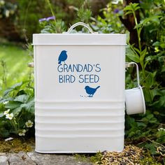 A Personalised Bird Food Storage Tin that is a good size to fill with bird feed and comes with a scoop for easy decanting. This Bird Feed Tin is personalised with your wording of choice and can be fi. Buy Gifts Online, Gifts Australia, Gifts For Nature Lovers, Bird Food, Garden Gifts, Food Gifts, Food Storage, Bird Feeders, Gifts For Kids