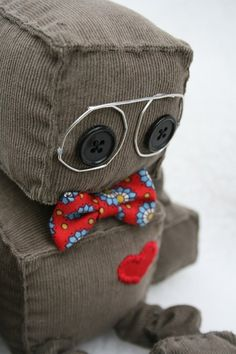 Littlebrownbyrd on Etsy, cute little plushie robots