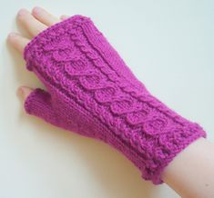 Ravelry: Spring is Coming Mitts pattern by Yellow Mleczyk #yellowmleczyk