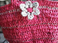 Petals to Picots Crochet: Upcycled Plarn Grocery Tote Pattern