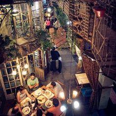 La Diana, un bar con un singular #TRIOdesign. Santiago de Chile. Foto: instagram.com/cincuentamas