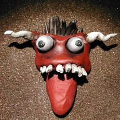 "Lorenzo Sammartino ""Diavolone - #sculpey #polymeric #clay  #acrylic #paint #devil #mask #inferno #tribal #odd #amulet…"""