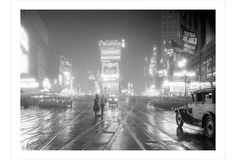 Love to see NY in different stages of development. -- Times Square, New York in 1931 by Philip Gendreau Photography Essentials, City Photography, Vintage Photography, Inspiring Photography, Photography Ideas, Times Square, The Truman Show, Black And White City, Galleries In London