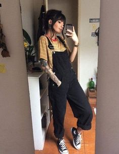 15 ways to look stylish wearing grunge outfits 1 Tumblr Outfits, Edgy Outfits, Mode Outfits, Outfits For Teens, Fashion Outfits, Fashion Clothes, Grunge Winter Outfits, Hipster Girl Outfits, Summer Grunge