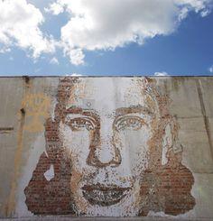 chiseled facade portriats by alexandre farto aka vhils