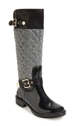 Quilted boots with herringbone pattern http://rstyle.me/n/tnmcsn2bn