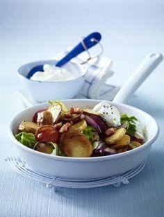 Das Rezept für Kartoffel-Pfanne mit Spitzkohl und weitere kostenlose Rezepte auf LECKER.de