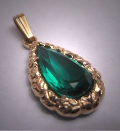 Antique Emerald Paste Pendant for Necklace by AawsombleiJewelry
