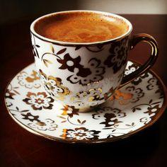 ☕Mutluluğun formülünü bulmuşlar, adınıda kahve koymuşlar :) ☕