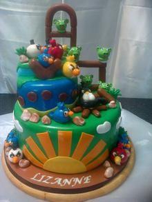 Angry Birds - Hettie Jordaan Angry Birds, Celebration Cakes, Birthday Cake, Desserts, Food, Birthday Cakes, Meal, Deserts, Essen