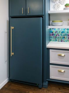 How To Paint A Refrigerator - Addicted 2 Decorating® How I Painted My Refrigerator (Or In My Case, An Upright Freezer) — Before And After Refrigerator Makeover, Paint Refrigerator, Painted Fridge, Refrigerator Panels, Painting Appliances, Upright Freezer, Kitchen Pantry Cabinets, Interior Design Boards, Interior Paint