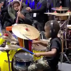 Video Show, Wow Video, Best Funny Pictures, Cool Pictures, Drum Solo, Cute Baby Videos, Trending Memes, Good Music, Cute Kids