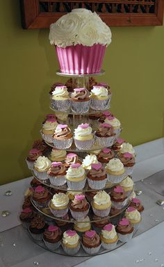 Wedding cupcakes with giant cupcake at the top