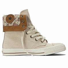 These are the most freaking adorable shoes Ive ever seen in my life! Cute Converse, Converse Style, Outfits With Converse, Converse Shoes, All Star, Hot Shoes, Types Of Shoes, Me Too Shoes, Casual Shoes
