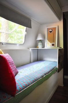TINY HOUSE TOWN: A Remodeled 188 SQ FT Airstream