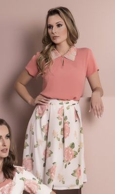 Many pretty and lovely fashions by ladies in skirts, blouses, and dresses. All the ladies pictures are wearing skirts and dresses that are so pretty, lovely, and beautiful. Pink skirts are VERY PRETTY. Vintage Outfits, Vintage Style Dresses, Pink Outfits, Skirt Outfits, Classy Outfits, Pretty Outfits, Dress Skirt, Dress Up, Modest Fashion