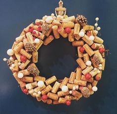 Christmas Cork wreath Ghirlanda di Natale con tappi di sughero  #diy #homemade #decoration #shabby
