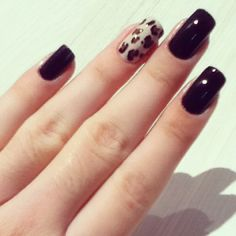 One leopard nail..just one nail. ❤