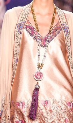 Anna Sui   Fall 2014 Ready-to-Wear Collection   Style.com