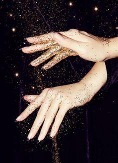 Gold glitter #glitter