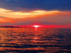 Croatia magnificent coastal paradise best sunsets in world! http://www.bonvoyageurs.com/2014/08/16/croatia/ … @Croatia_hr