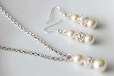 Items similar to Bridal Jewelry Set, Swarovski Pearl Bridal Jewelry Set, Necklace Earrings Bracelet Set, Pendant art. Wedding Bracelet, Bridal Necklace, Bride Accessories, Pearl Set, Wedding Jewelry Sets, Swarovski Pearls, Simple Necklace, Etsy Earrings, Earring Set