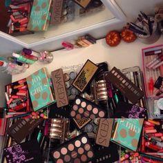.@glamorousgurly18 | Organizing the makeup!!!  that's not even half of it.. lol. #makeup #makeupme... | Webstagram