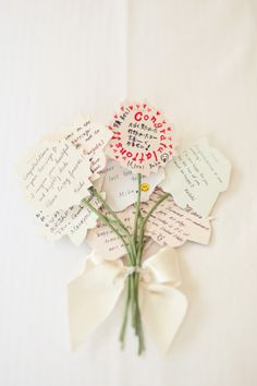 guest book gathered per table