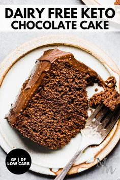 This recipe for gluten free, dairy free, and keto chocolate cake is easy to make and comes with the most delicious avocado chocolate frosting. It is made with almond flour, cocoa powder, and sweetened with a low carb sweetener. #chocolate #keto #lowcarb #glutenfree #dessert Gluten Free Treats, Dairy Free Recipes, Real Food Recipes, Keto Recipes, Dessert Recipes, Sugar Free Desserts, Low Carb Desserts, Vegan Desserts, Delicious Desserts