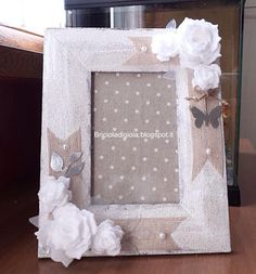 Burlap Flowers, Fabric Flowers, Shabby Chic Photo Frames, Birthday Wishes For Son, Wood Glass, Diy Frame, Flower Frame, Altered Art, Diy Gifts