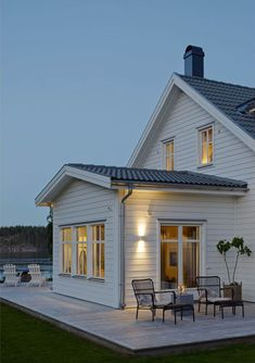 House Front, My House, 2 Storey House, Swedish House, House Extensions, Cabins In The Woods, Cottage Homes, Traditional House, Future House