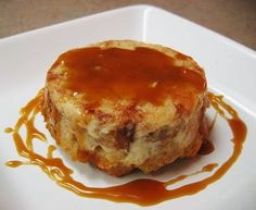 Bread pudding and flan together at last! No Bake Treats, Yummy Treats, Sweet Treats, Mexican Food Recipes, Sweet Recipes, Dessert Recipes, Dessert Ideas, Yummy Recipes, Just Desserts