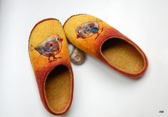 Slippers Birds Felted slippers with leather soles Women felt wool slippers Handmade wool house shoes 100% natural sheeps wool - 9 US