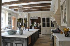 beautiful kitchen.  hellolovelyinc.blogspot.com