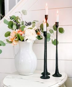 Spring Decor Ideas for Your Home Spring Flower Arrangements, Spring Flowers, Fiddle Leaf, Candle Holders, Leaves, Vase, Candles, Decor Ideas, Interiors